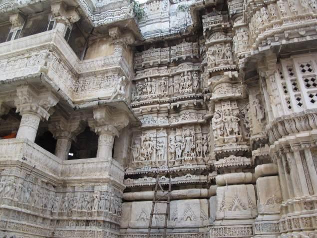 Jagdish Tapınağı Duvar Süslemeleri