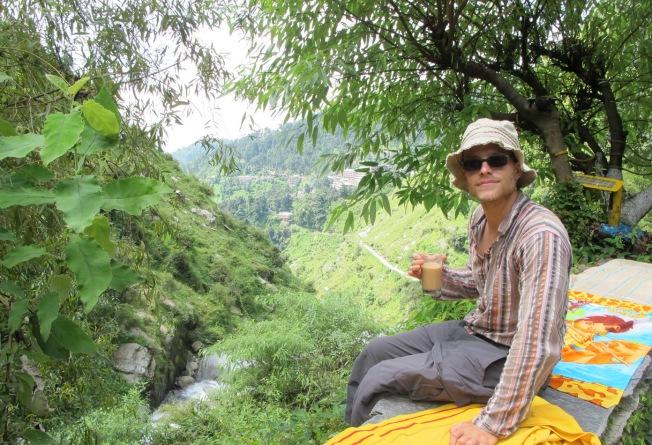 Himalayalara karşı çay keyfi