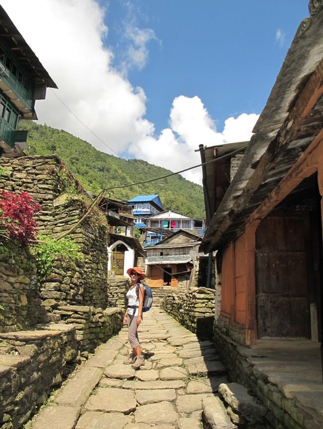 Ama yollarda karşımıza çıkan dağ köyleri çok güzeldi...