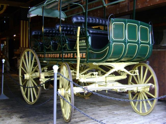 Yolun ilk zamanlarında kullanılan at arabaları