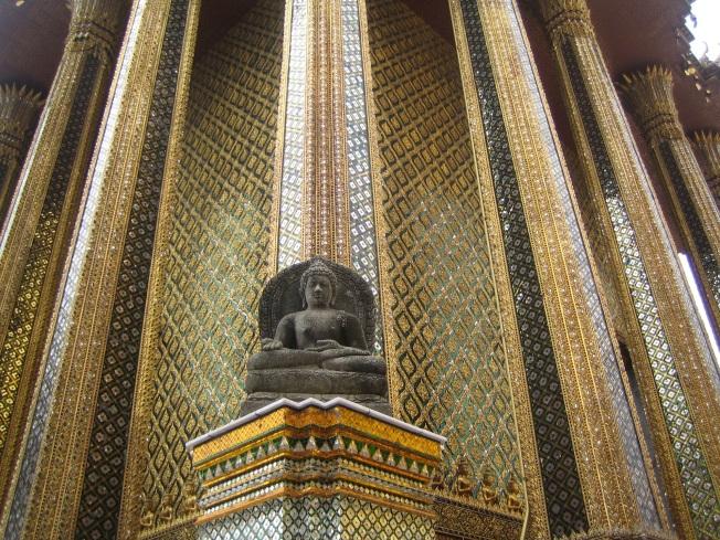 Royal Palace'ın içinde bir Buddha