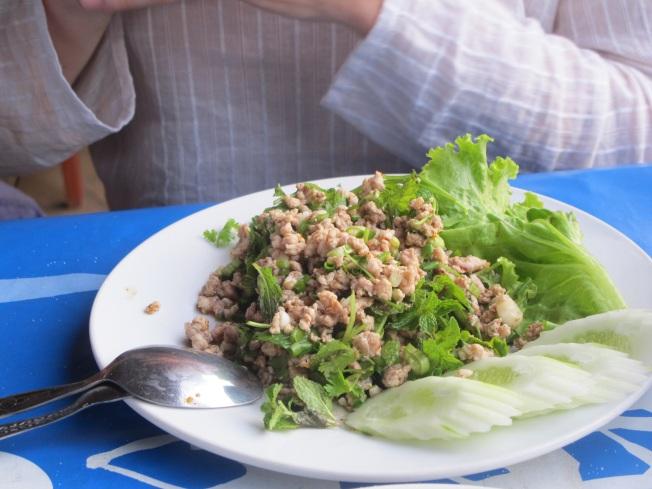 Geleneksel Lao yemeği: Laap