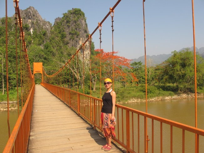Tham Jang Mağarası'na giden yol
