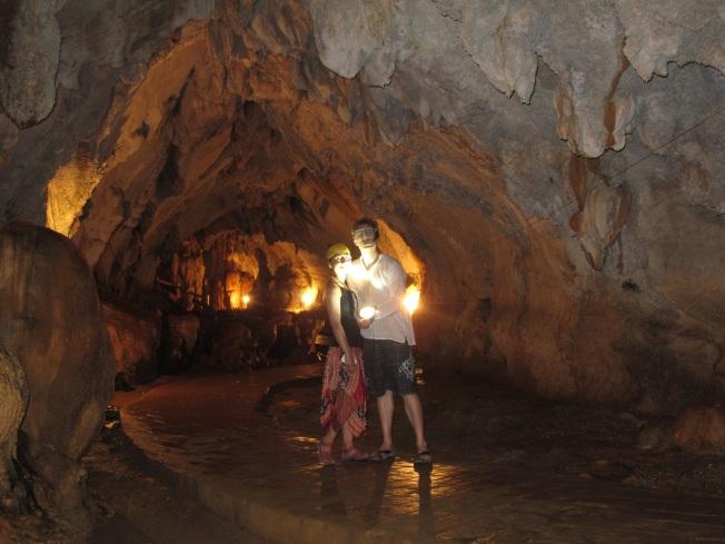 Tham Jang Mağarası