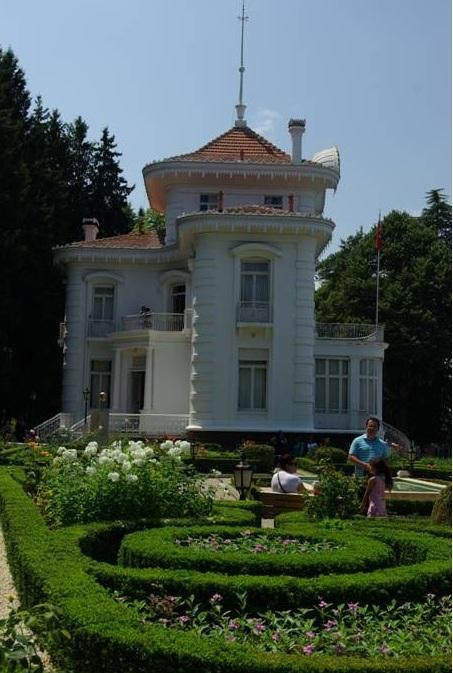 Atatürk Köşkü