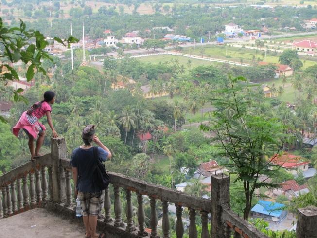 Küçük rehberimizle Battambang'ı kuşbakışı izlerken