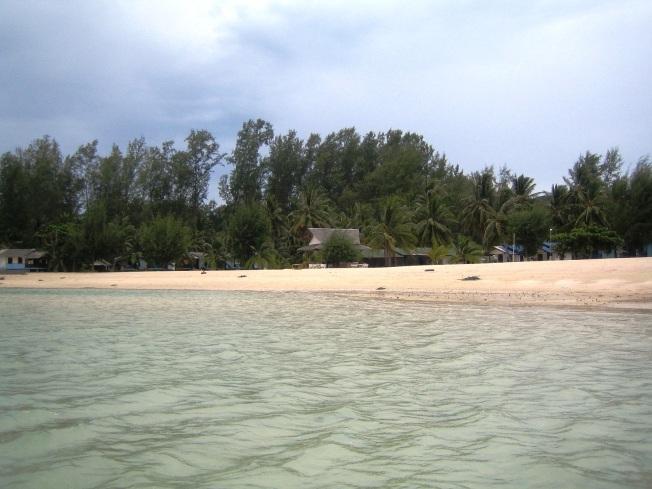 Öğle tatillerimi geçirdiğim Srithanu sahili