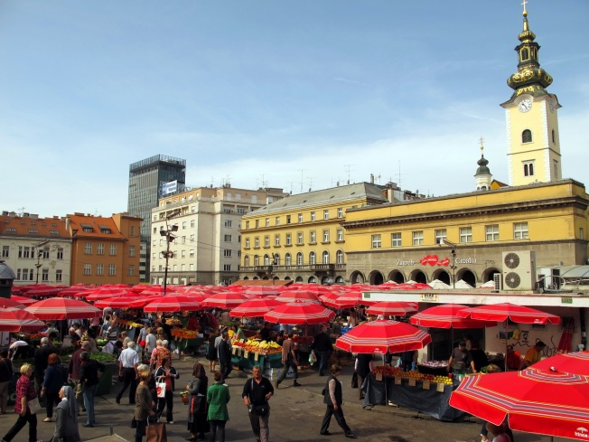 Dolac Pazarı meydanı