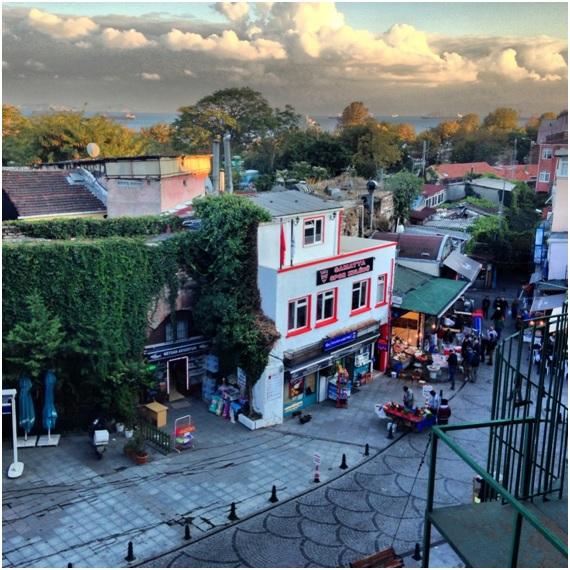 Samatya Meydanı – Develi Restaurant'ın terasından