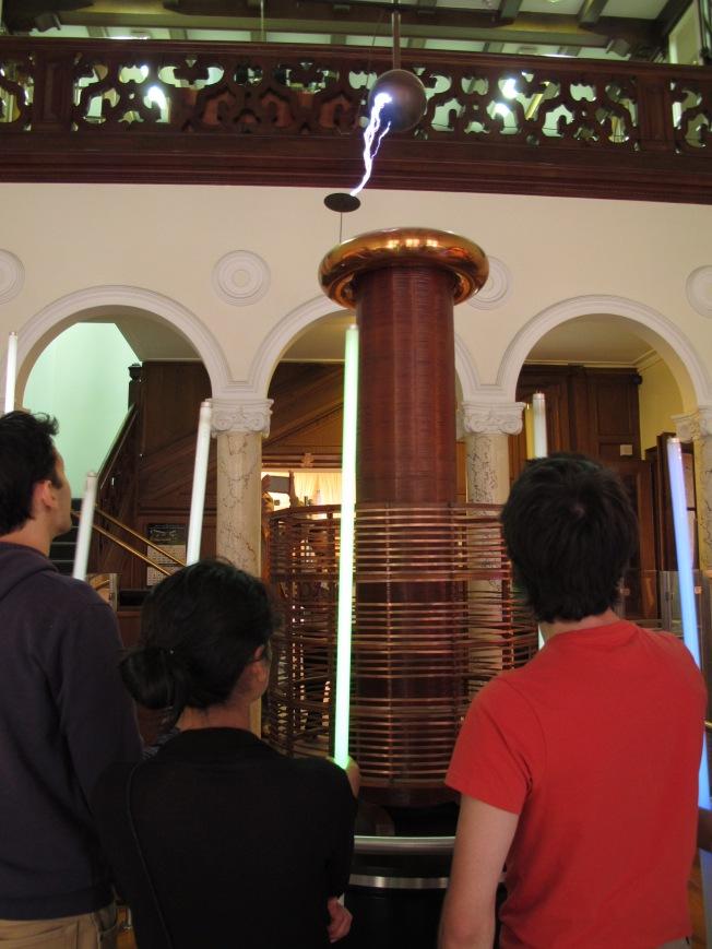 Tesla müzesindeki deneylerimiz 1