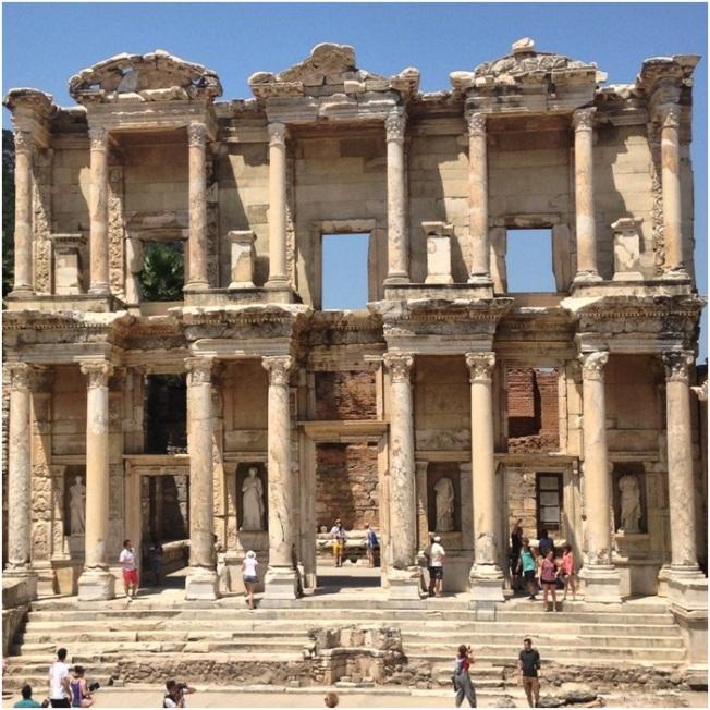 Celsus Kütüphanesi – tek kelimeyle harika