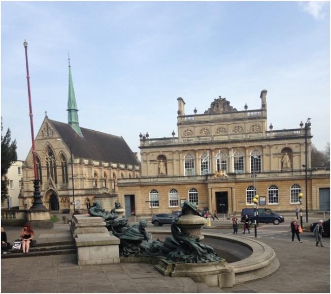 Mimari ornegi – Bristol Universitesi binalari