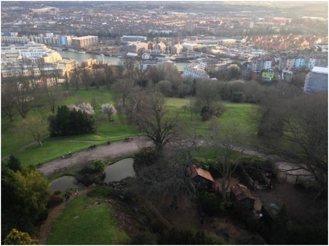 Brandon Hill ve Cabot Tower`ın tepesinden görünen Bristol manzarası