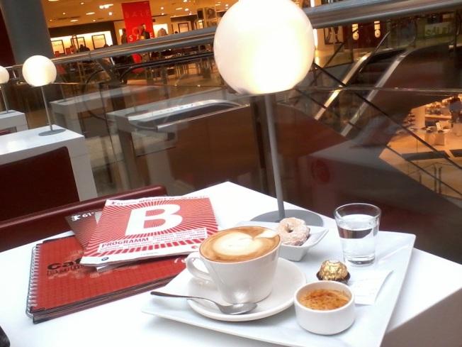Bir Berlinale sabahı Cafe´ e Gelato da *2